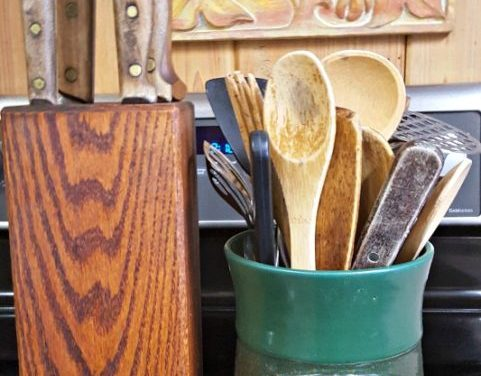 Keep Wooden Handled Knives and Wooden Utensils Safe From Bacteria