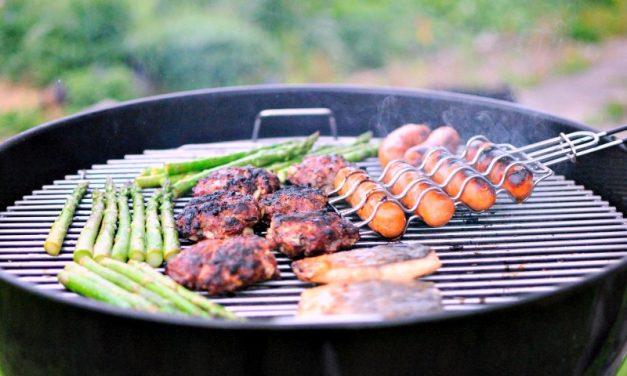 How To Make The Grates Of Your Grill Non Stick